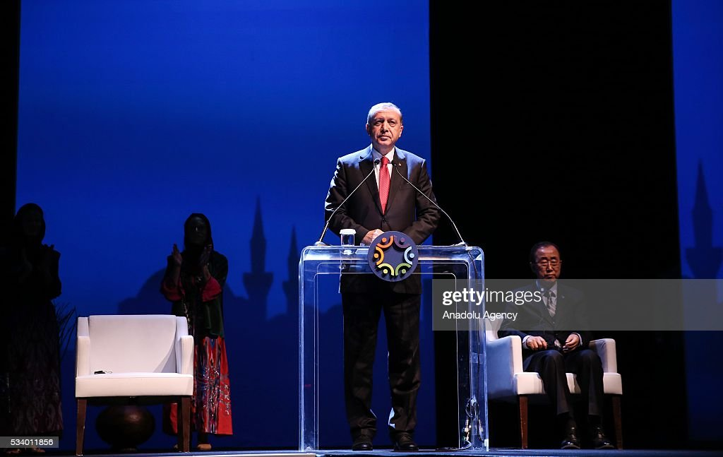 Turkish President Recep Tayyip Erdogan (C) delivers a speech as Secretary-General of the United Nations Ban Ki-mun (R) sits next to him during the closing ceremony of World Humanitarian Summit at Istanbul Congress Center in Istanbul, Turkey on May 24, 2016.
