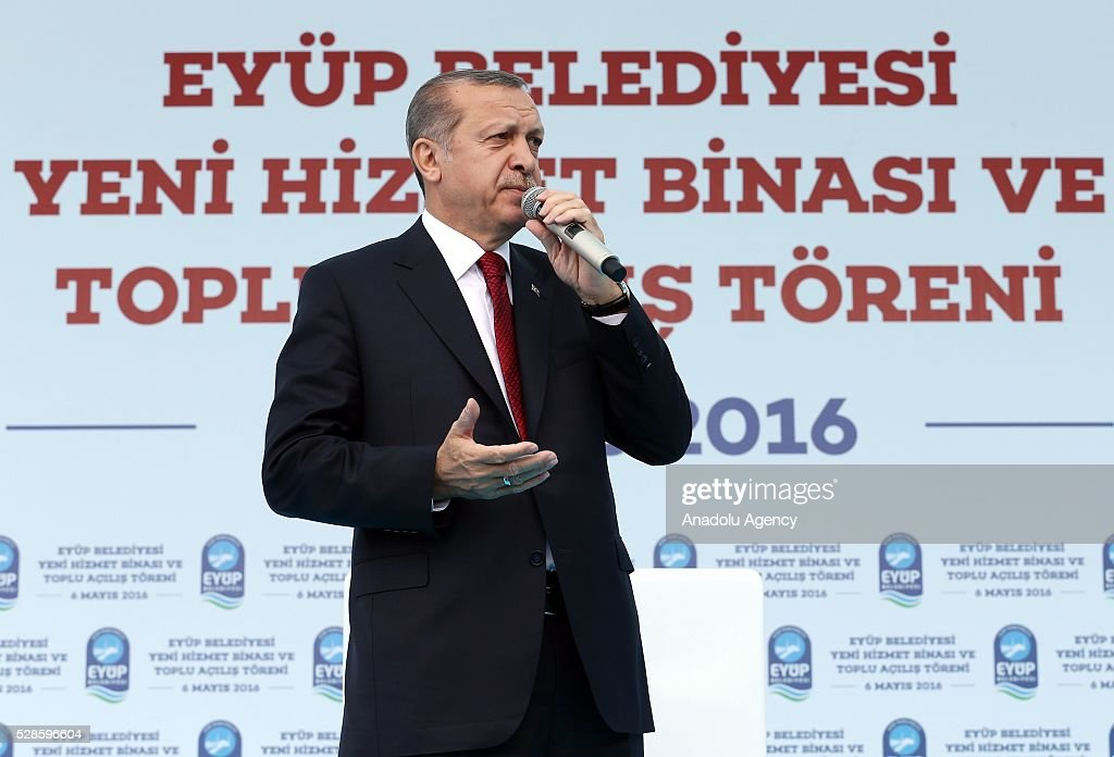 Turkish President Recep Tayyip Erdogan delivers a speech during an opening ceremony of Eyup Municipality's service building in Istanbul, Turkey on May 6, 2016.