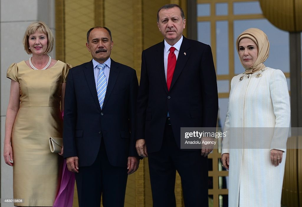 Turkish President Recep Tayyip Erdogan his wife Emine Erdogan New Zealand's GovernorGeneral Jerry Mateparae and his wife Janine Mateparae pose for a...