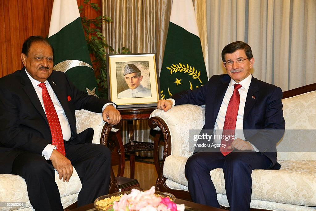 Turkish Prime Minister <a gi-track='captionPersonalityLinkClicked' href=/galleries/search?phrase=Ahmet+Davutoglu&family=editorial&specificpeople=4940018 ng-click='$event.stopPropagation()'>Ahmet Davutoglu</a> (R) and Pakistani President <a gi-track='captionPersonalityLinkClicked' href=/galleries/search?phrase=Mamnoon+Hussain&family=editorial&specificpeople=11183703 ng-click='$event.stopPropagation()'>Mamnoon Hussain</a> (L) meet in Islamabad on February 17, 2015.
