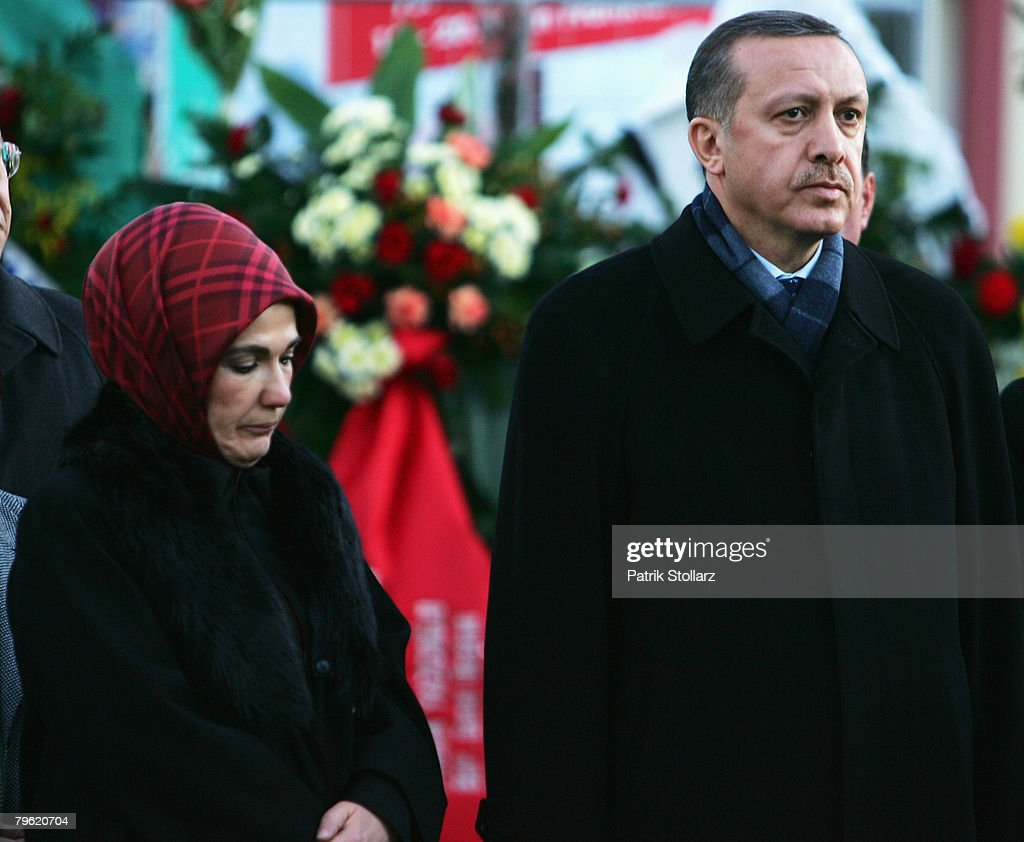 Erdogan Visits Burned Down House In Ludwigshafen