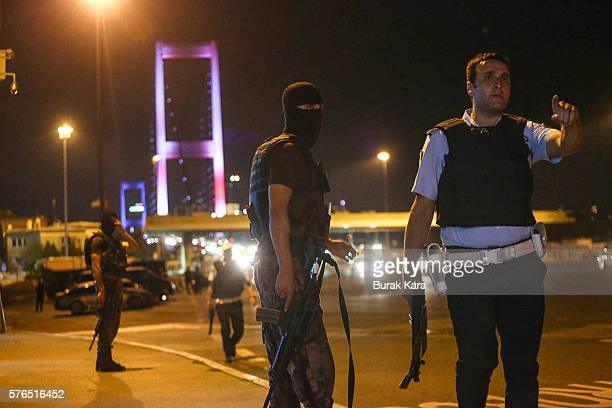 Turkish soldiers block Istanbul's Bosphorus Brigde on July 15 2016 in Istanbul Turkey Istanbul's bridges across the Bosphorus the strait separating...