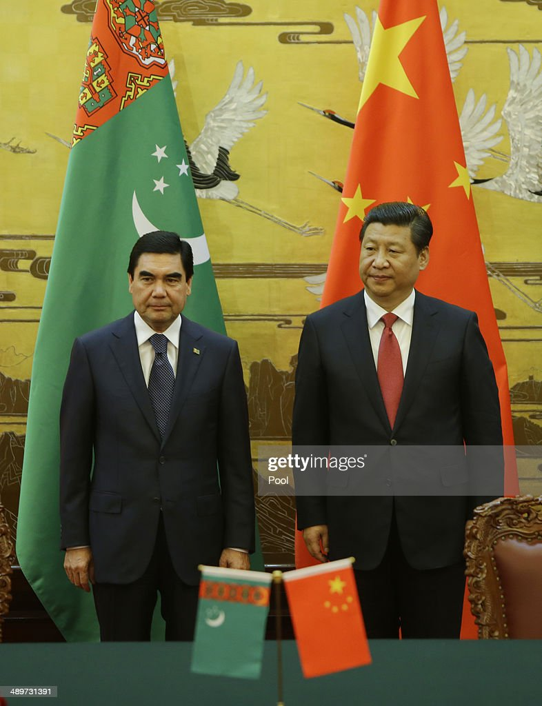 Turkmenistan's President Gurbanguly Berdimuhamedov (L) and China's President <a gi-track='captionPersonalityLinkClicked' href=/galleries/search?phrase=Xi+Jinping&family=editorial&specificpeople=2598986 ng-click='$event.stopPropagation()'>Xi Jinping</a> attend a signing ceremony at the Great Hall of the People on May 12, 2014 in Beijing, China.