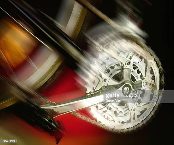 Turning bicycle pedal
