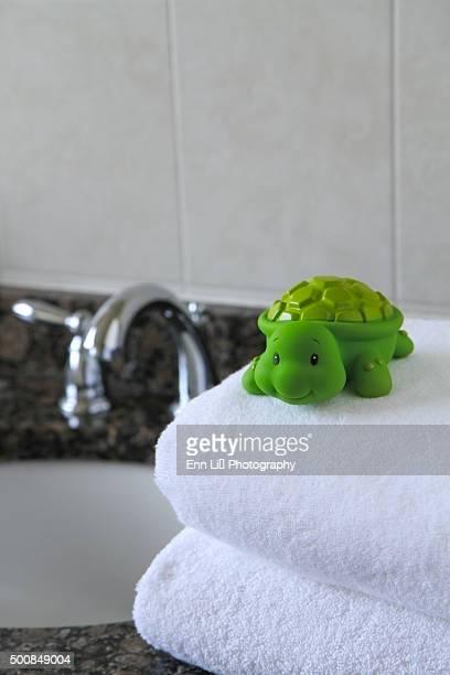 Turtle bath toy