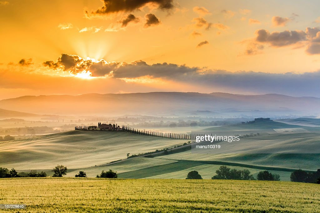 Tuscany Farmhouse in the morning