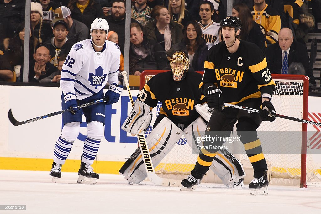 <a gi-track='captionPersonalityLinkClicked' href=/galleries/search?phrase=Tuukka+Rask&family=editorial&specificpeople=716723 ng-click='$event.stopPropagation()'>Tuukka Rask</a> #40 and <a gi-track='captionPersonalityLinkClicked' href=/galleries/search?phrase=Zdeno+Chara&family=editorial&specificpeople=203177 ng-click='$event.stopPropagation()'>Zdeno Chara</a> #33 of the Boston Bruins watch the play against Josh Leivo #32 of the Toronto Maple Leafs at the TD Garden on January 16, 2016 in Boston, Massachusetts.