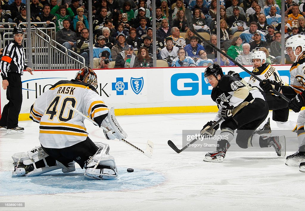<a gi-track='captionPersonalityLinkClicked' href=/galleries/search?phrase=Tuukka+Rask&family=editorial&specificpeople=716723 ng-click='$event.stopPropagation()'>Tuukka Rask</a> #40 of the Boston Bruins blocks a shot by <a gi-track='captionPersonalityLinkClicked' href=/galleries/search?phrase=Tyler+Kennedy&family=editorial&specificpeople=2119414 ng-click='$event.stopPropagation()'>Tyler Kennedy</a> #48 of the Pittsburgh Penguins on March 17, 2013 at Consol Energy Center in Pittsburgh, Pennsylvania. Pittsburgh won the game 2-1.