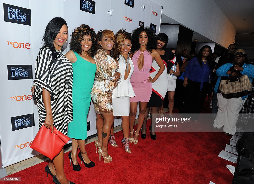 Tv personalities Dawn Robinson, Michel'le, Lil' Mo, Chante Moore, Claudette Ortiz and Kelly Price attend the 'R&B Divas LA' premiere event at The London on July 9, 2013 in West Hollywood, California.