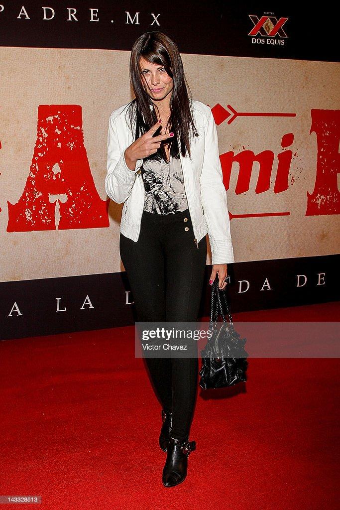 Tv personality Amanda Rosa attends the 'Casa De Mi Padre' Mexico City premiere at the Teatro Metropolitan on April 23, 2012 in Mexico City, Mexico.