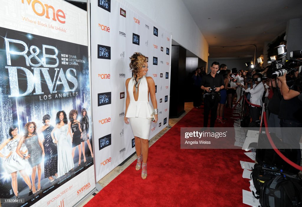 Tv Personality Chante Moore attends the 'R&B Divas LA' premiere event at The London on July 9, 2013 in West Hollywood, California.