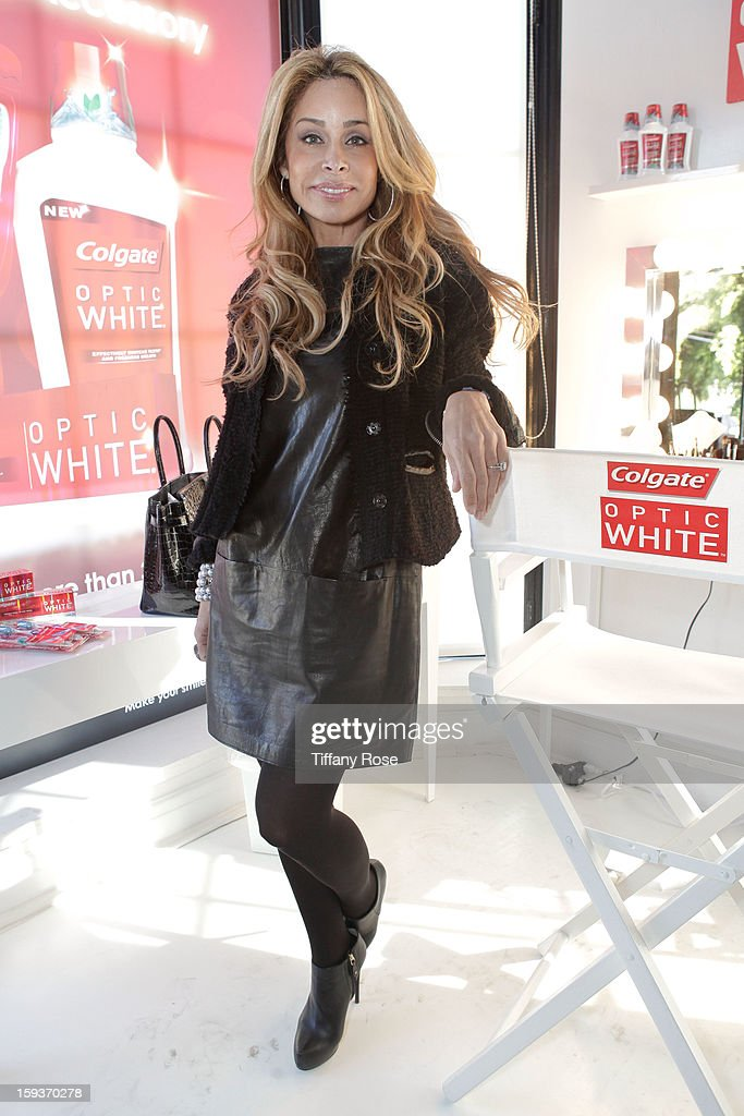 Tv personality Faye Resnick attends the Colgate Optic White beauty bar - Day 2 at Salon 901 on January 12, 2013 in West Hollywood, California.