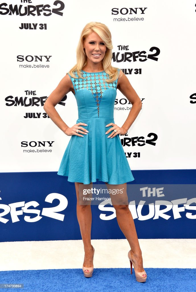 Tv personality <a gi-track='captionPersonalityLinkClicked' href=/galleries/search?phrase=Gretchen+Rossi&family=editorial&specificpeople=5637804 ng-click='$event.stopPropagation()'>Gretchen Rossi</a> attends the premiere of Columbia Pictures' 'Smurfs 2' at Regency Village Theatre on July 28, 2013 in Westwood, California.