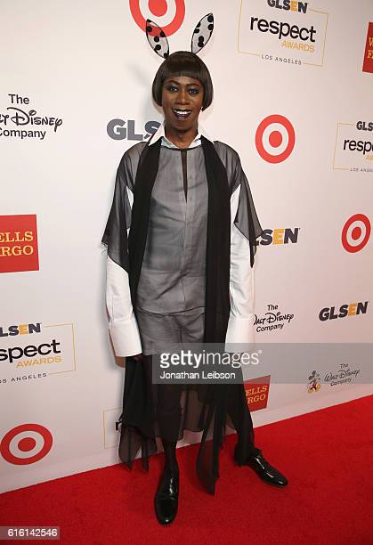 Tv personality J Alexander attends the 2016 GLSEN Respect Awards Los Angeles at the Beverly Wilshire Four Seasons Hotel on October 21 2016 in Beverly...