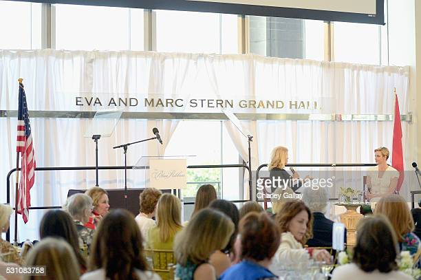 Charlene Hart Stock Photos and Pictures | Getty Images
