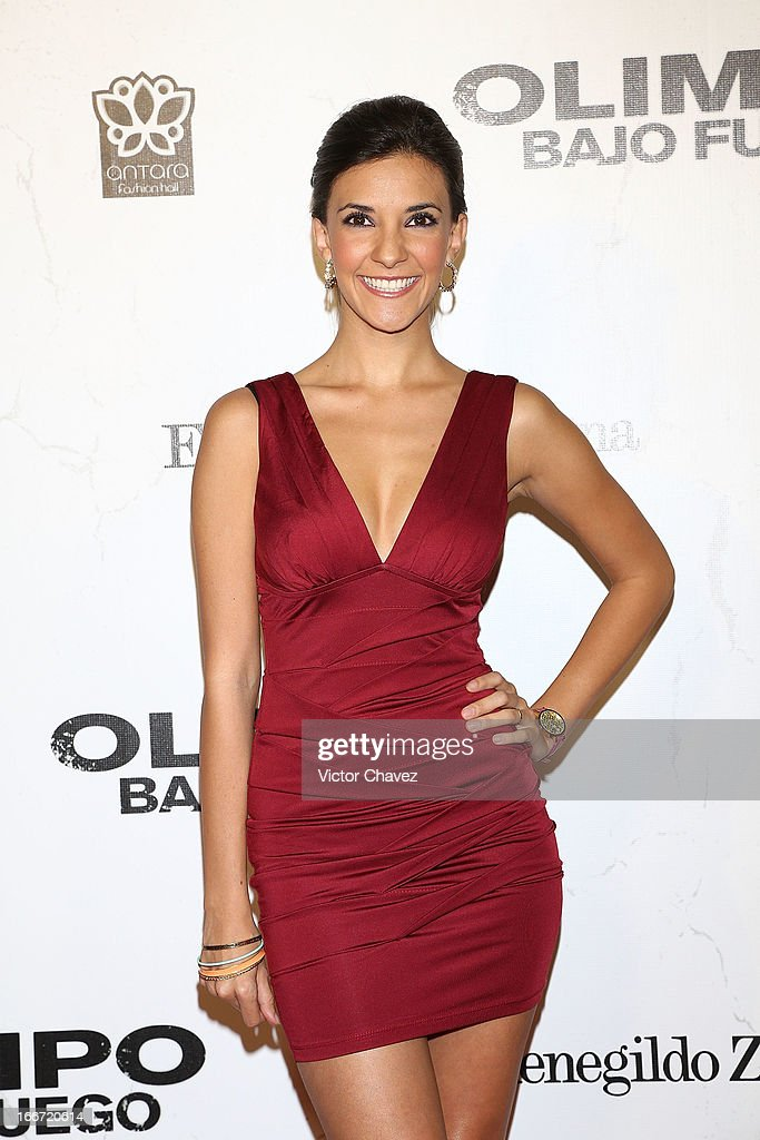 Tv personality Renata Ibarrarán attends the 'Olympus Has Fallen' Mexico City Premiere red carpet on April 12, 2013 in Mexico City, Mexico.