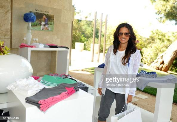 Tv personality Rocsi Diaz attends Kate Hudson celebrates the Fabletics Spring Collection on May 1 2014 in Los Angeles California