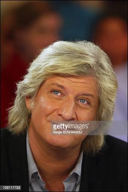 Tv Show 'Vivement Dimanche' With Patrick Sebastien On November 12 2003 In Paris France Patrick Sebastien