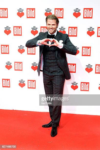 Bachelor Paul Jahnke attends the Ein Herz Fuer Kinder gala on December 3 2016 in Berlin Germany