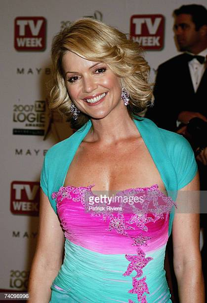 TVnewsreader Sandra Sully arrives at the 2007 TV Week Logie Awards at the Crown Casino on May 6 2007 in Melbourne Australia The annual television...