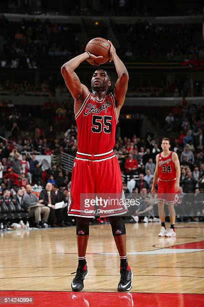 Twaun Moore of the Chicago Bulls shoots against the Milwaukee Bucks during the game on March 7 2016 at United Center in Chicago Illinois NOTE TO USER...