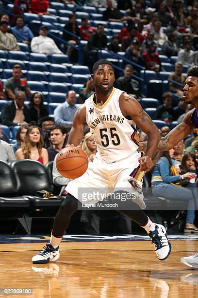 Twaun Moore of the New Orleans Pelicans handles the ball during the game against the Los Angeles Lakers game on November 12 2016 at the Smoothie King...