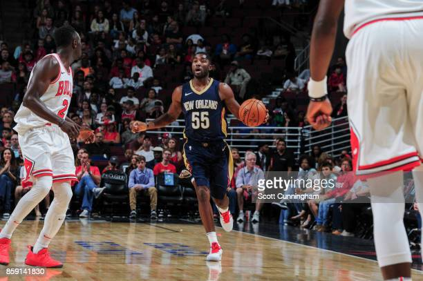 Twaun Moore of the New Orleans Pelicans handles the ball during the preseason game against the Chicago Bulls on October 8 2017 at United Center in...