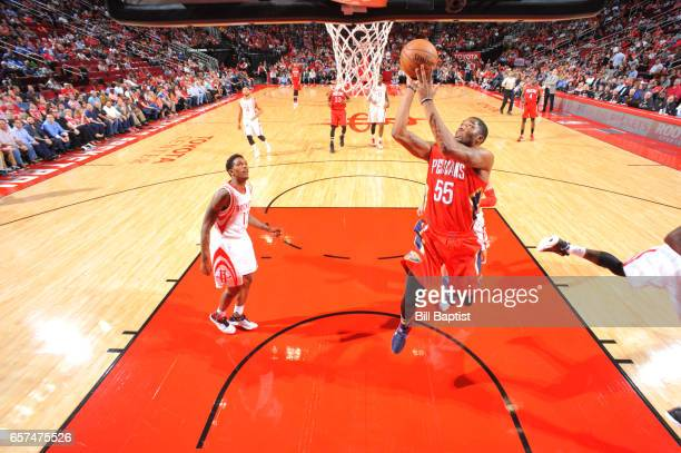 Twaun Moore of the New Orleans Pelicans shoots the ball during a game against the Houston Rockets on March 24 2017 at the Toyota Center in Houston...
