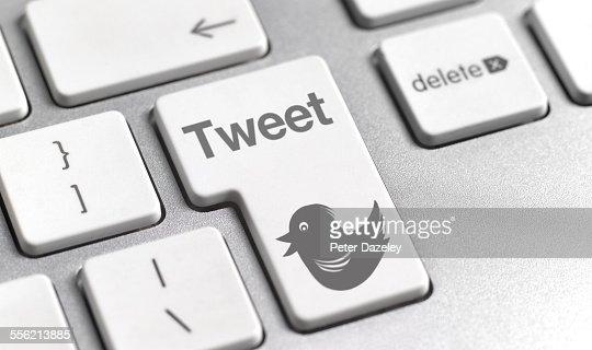 Tweet button on keyboard