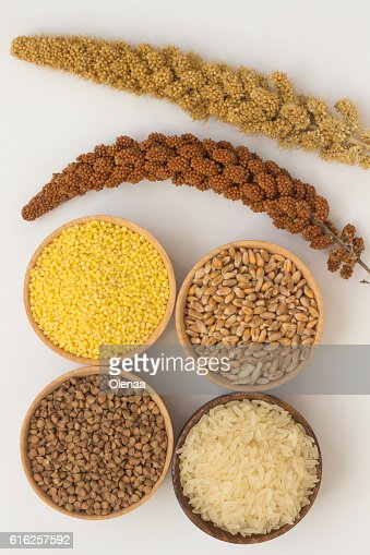 Twig red millet, yellow millet twig. Buckwheat, millet, rice and : Foto de stock