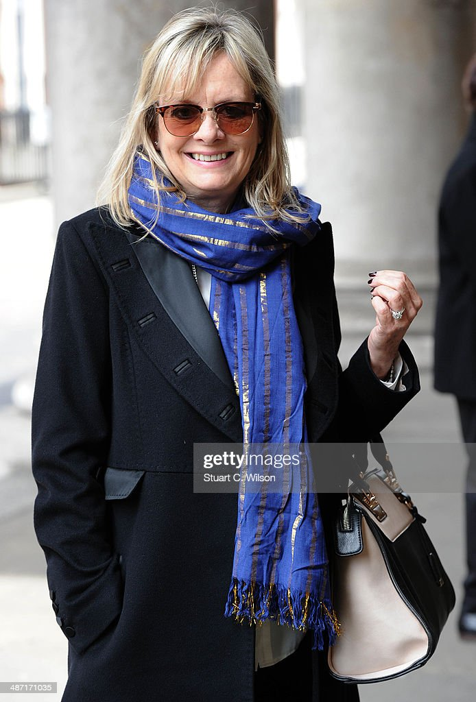 <a gi-track='captionPersonalityLinkClicked' href=/galleries/search?phrase=Twiggy&family=editorial&specificpeople=94165 ng-click='$event.stopPropagation()'>Twiggy</a> attends a memorial service for former British Vogue Editor Beatrix Miller at St George's Church on April 28, 2014 in London, England. She died aged 90 in February 2014 was the editor of British Vogue from 1964 to 1986.