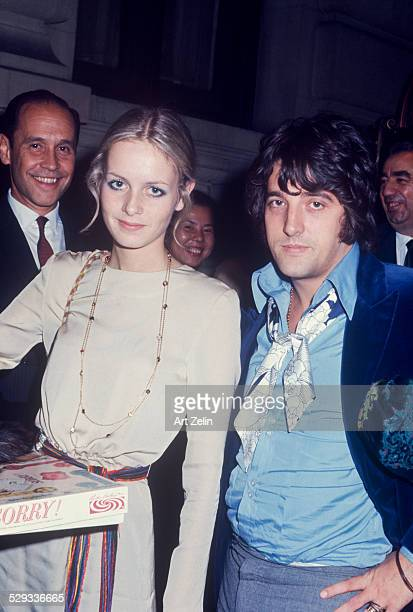 Twiggy carrying the board game sorry circa 1970 New York