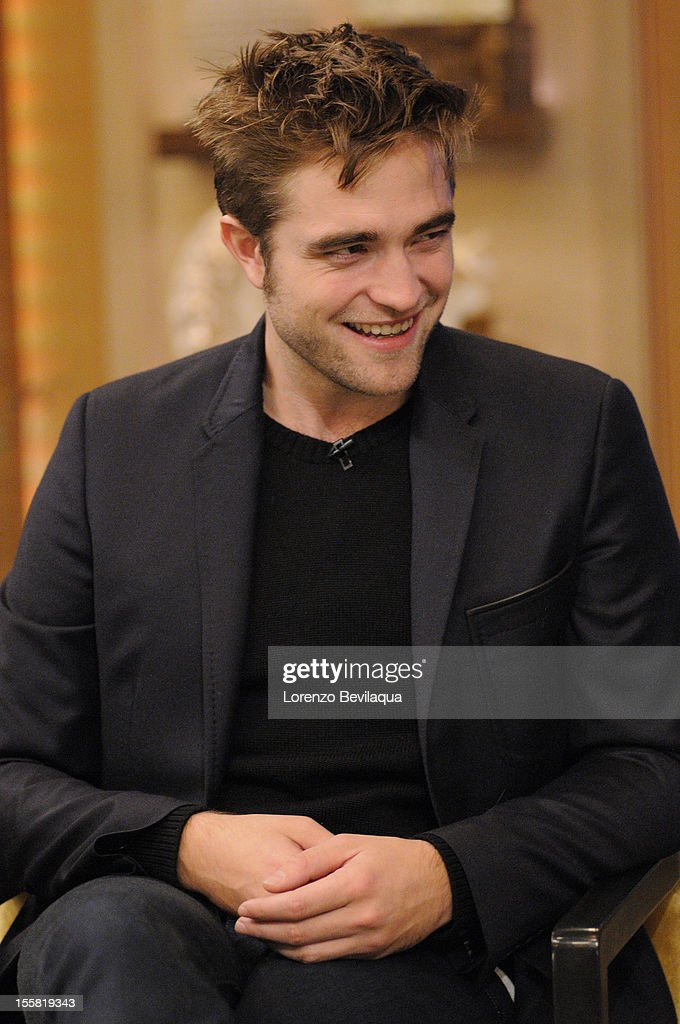 "MICHAEL - 11/08/12 - ""Twilight"" star Robert Pattinson is a guest on the newly-rechristened syndicated talk show, LIVE with Kelly and Michael,' distributed by Disney-ABC Domestic Television. ROBERT"