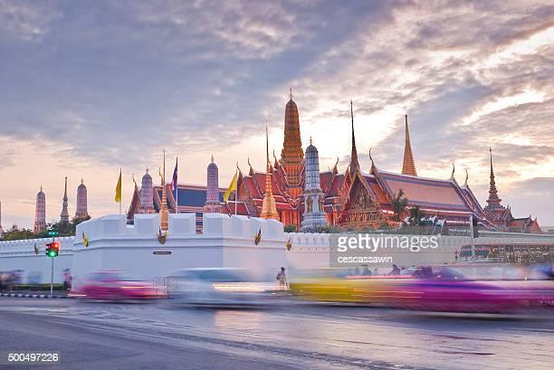Twilight Wat pra kaew Grand palace at dusk