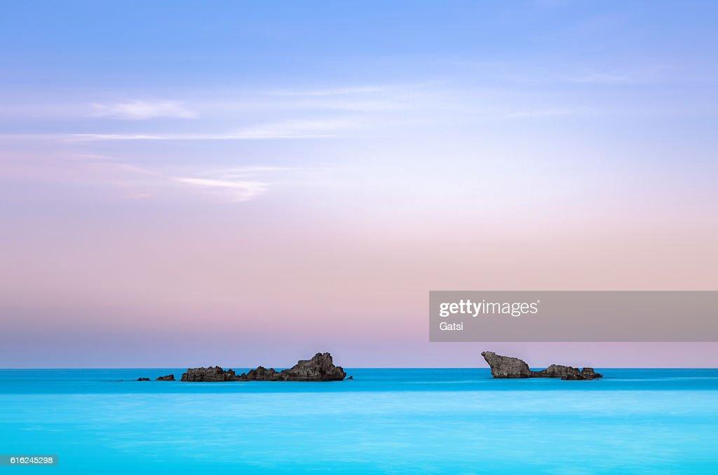 Twin rocks in the sea. : Stock-Foto