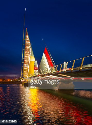 Twin Sails lifting bridge and reflections, Poole Harbour in Dorset : Stock Photo