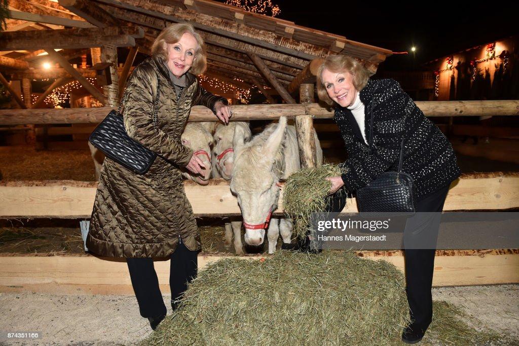 Twins Alice and Ellen Kessler during the Gut Aiderbichl Christmas Market opening on November 14, 2017 in Henndorf am Wallersee, Austria.