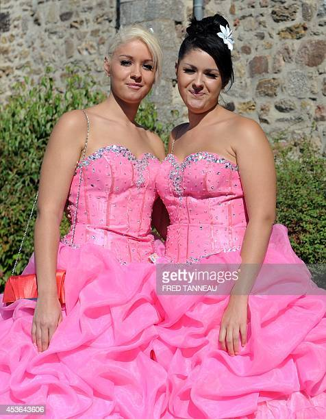 Twins attend the Fete des Jumeaux a gathering of twins triplets and quadruplets in Pleucadeuc France on August 15 2014 AFP PHOTO/ FRED TANNEAU