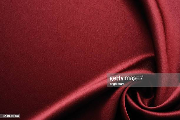 Twisted Rote satin