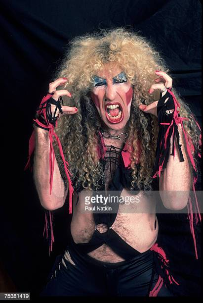 Twisted Sister on 12/21/84 in Chicago Il