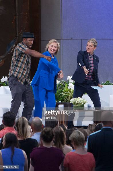 Usa 39 ellen degeneres show season 13 39 in new york pictures getty images - Ellen show new york ...