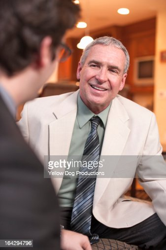 Two businessmen in a discussion : Photo