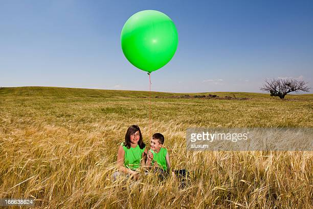 Two children with balloon