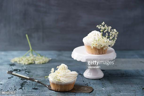 Two cupcakes with elderflower creme
