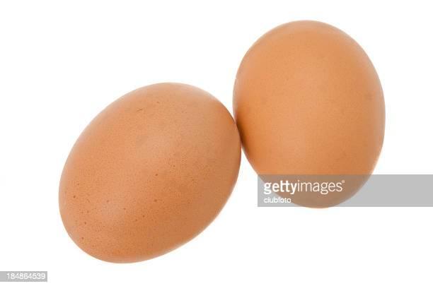 Deux oeufs de poulet frais