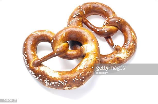 Zwei deutsche Brot Brezeln
