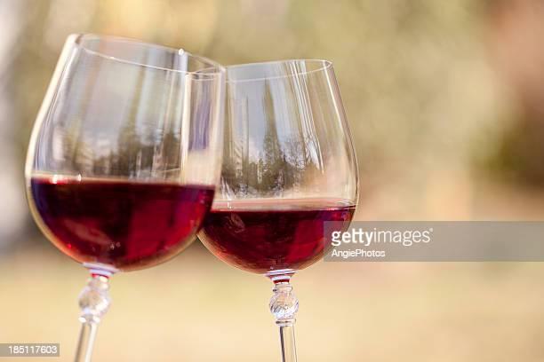 Zwei Gläser Rotwein