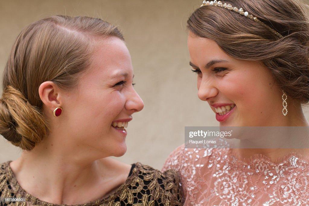 Two happy teen girls : Stock Photo