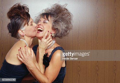 Top    Makeup Tricks For Mature Women Mature Women and Natural Hair   A Photo Gallery