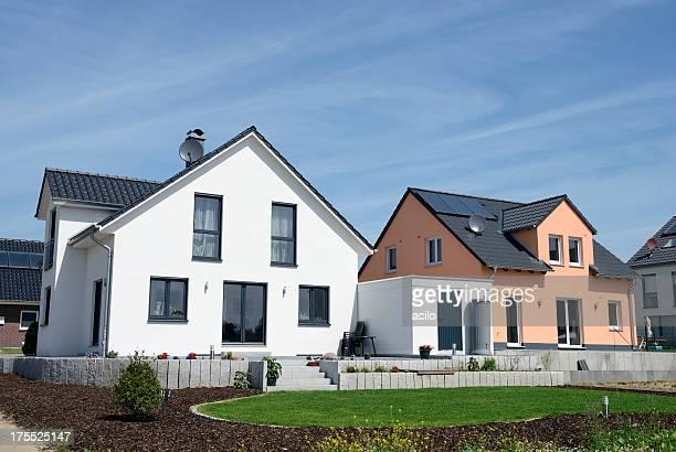 Deux nouveaux basiques maisons de famille